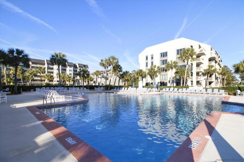 forest beach hilton head pool