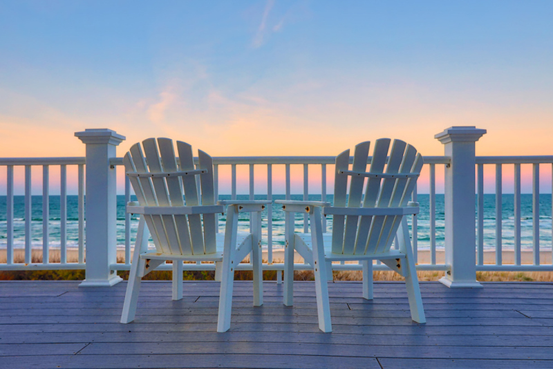 Enjoy oceanfront views from a Hilton Head vacation rental